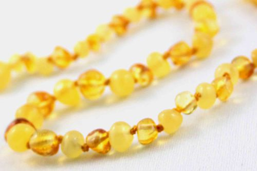healing amber necklace - Gold & Cream