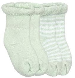 kushies newborn socks - green