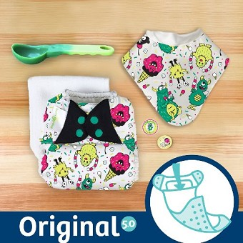 MONTH #10 - EYEscream bumGenius 5.0 Cloth Diaper Set